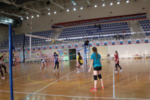 Открытое первенство по волейболу среди девушек